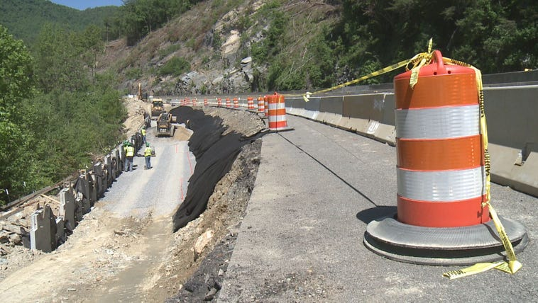 Crews work to build two new lanes on Interstate 40