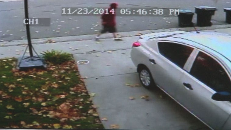 Surveillance video captured a thief breaking into a