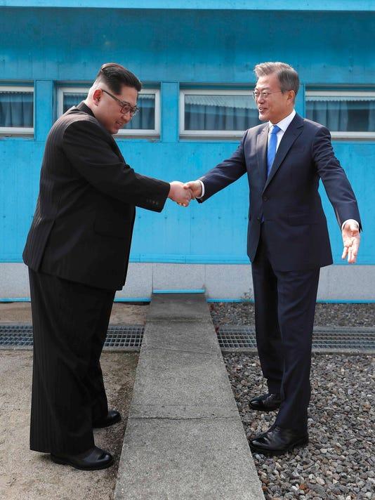 Kim Jong Un,Moon Jae-in