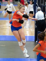 The Legacy Volleyball Club's Jess Mruzik goes on the