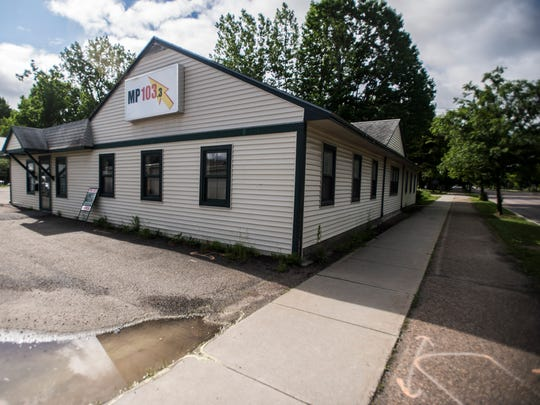 A building near the corner of Dorset Street and San Remo Drive in South Burlington is being considered for a new homeless shelter.