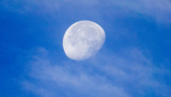 A shot of the moon, via the Sony RX10IV camera