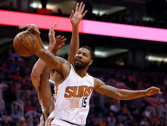635714487895138279-AP-Jazz-Suns-Basketball-AZMY