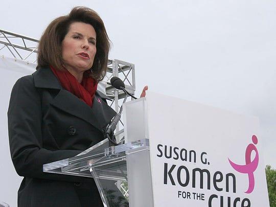 Nancy Brinker makes remarks at the Komen Community