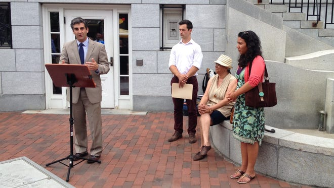 Mayor Miro Weinberger marks the 50th anniversary of the Civil Rights Act and announces a new Mayor's Book Group on Wednesday.
