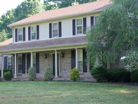 ARRINGTON: 1002 Lake Colonial Drive, Arrington 37014