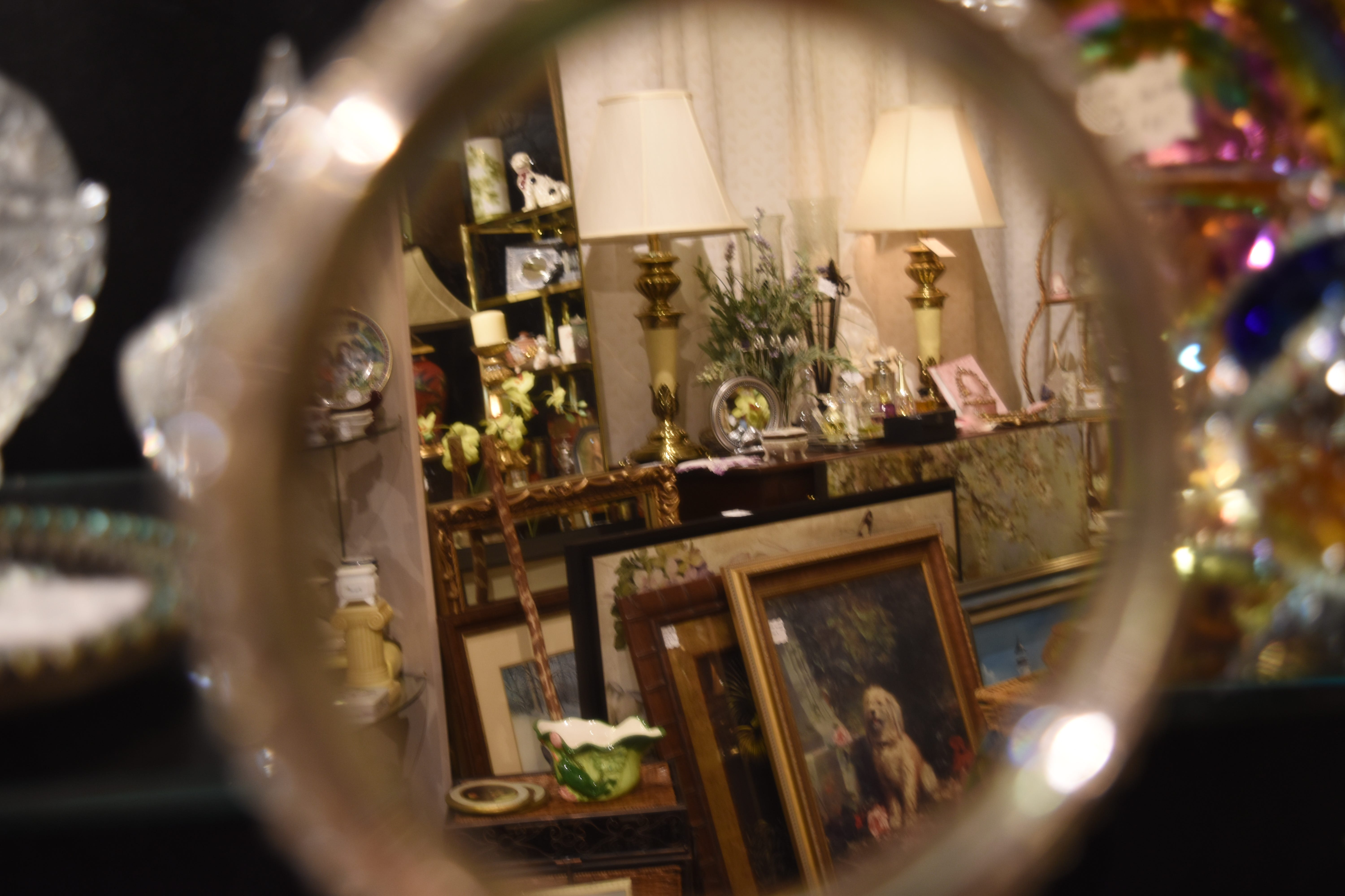 LiveSWFL  Gone antiquing Reporter hits antique consignment