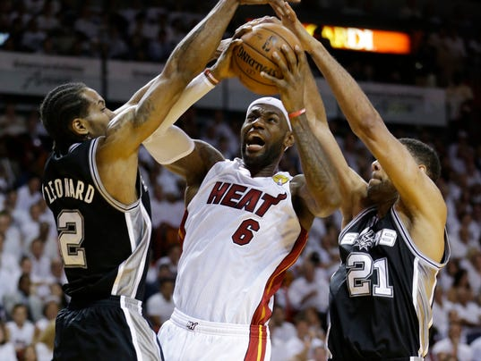 APTOPIX_NBA_Finals_Spurs_Heat_Basketball_AAA120_WEB705401