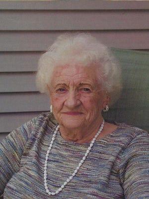 Luverna Kleinmeyer, 89