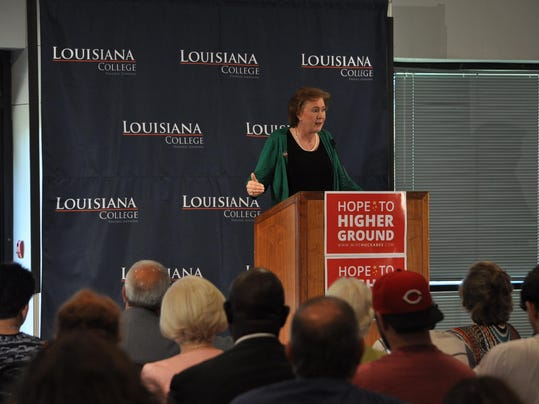 What would janet huckabee fight for as first lady for Lafayette cds 30