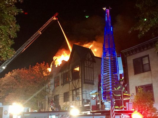 636140258320296511-Larchmont-Fire-8-Capture.PNG