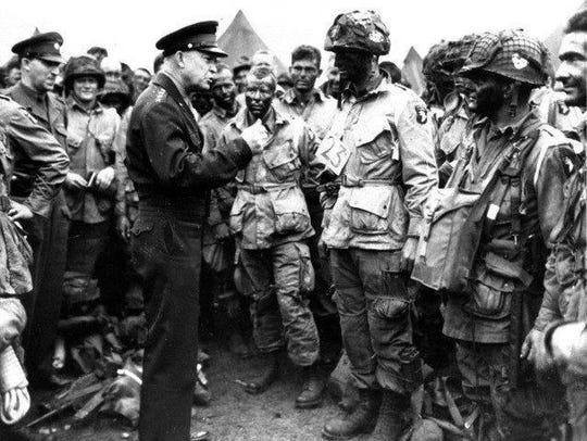 Gen. Dwight D. Eisenhower addresses paratroopers prior