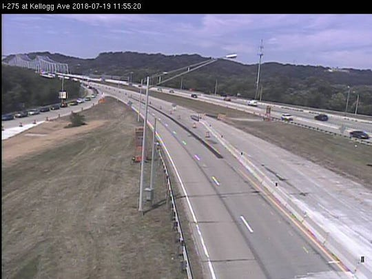 Screen capture of traffic cameras near the Combs-Hehl Bridge