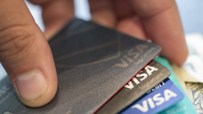 According to projections from WalletHub, U.S. consumers will end the year with a slight reduction in credit card debt for the first time since the Great Recession of 2009.
