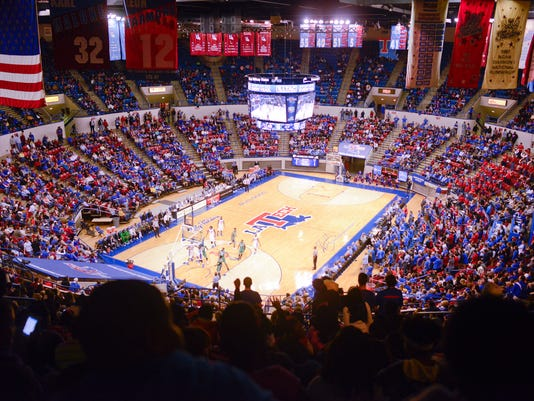 Bulldog Basketball vs Marshall
