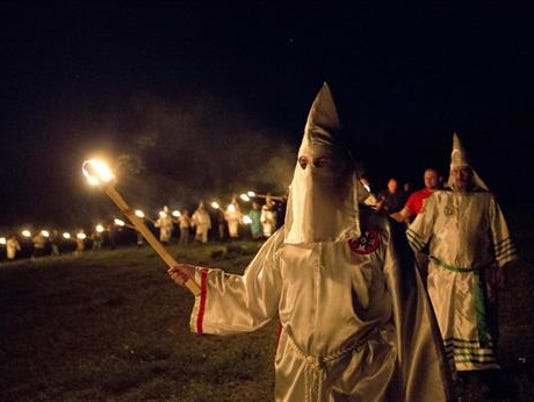636028844906747367-APTOPIX-The-Klan-at-1-Geig.jpg