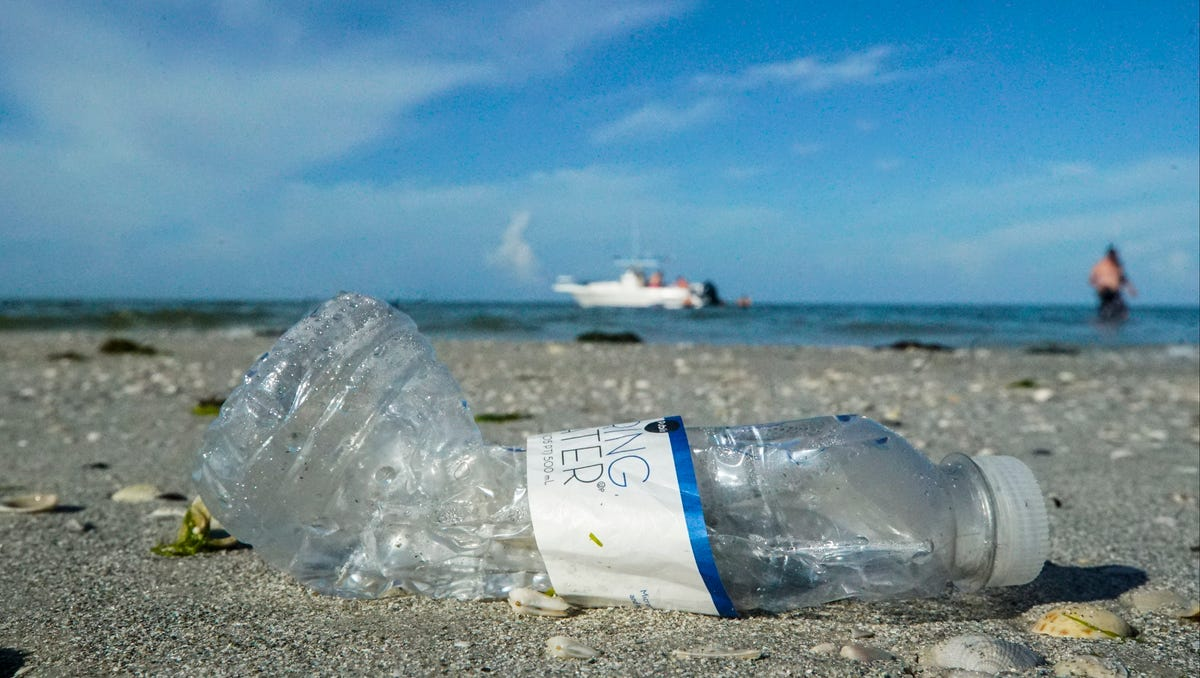 Guest opinion: There's a litter bug invasion in paradise 1