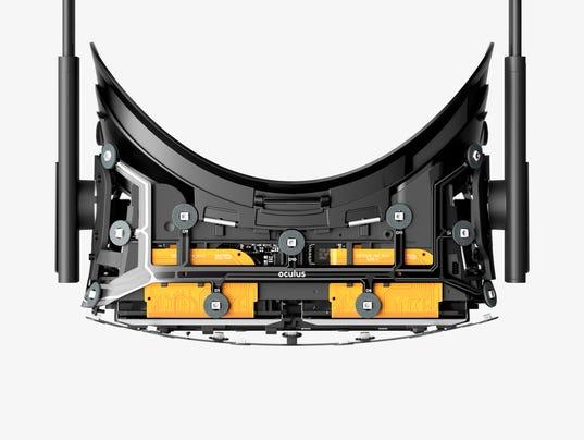 635860750070233121-Oculus-Rift-4.jpg