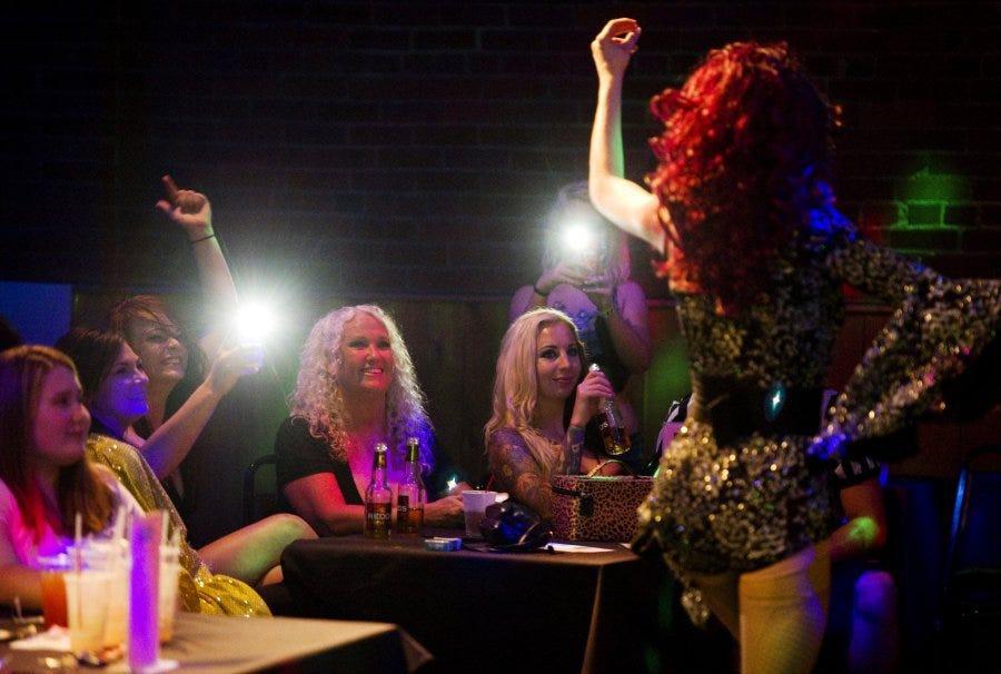 Evansville Gay Hookup