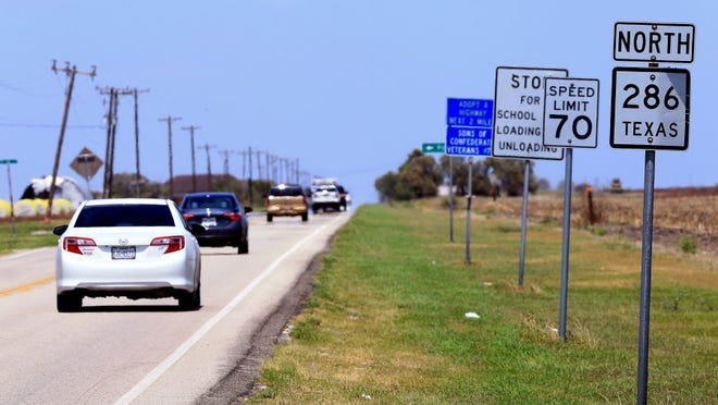 Vehicles drive on northbound State Highway 286 on Monday, Aug. 23, 2016, in Corpus Christi near Chapman Ranch.