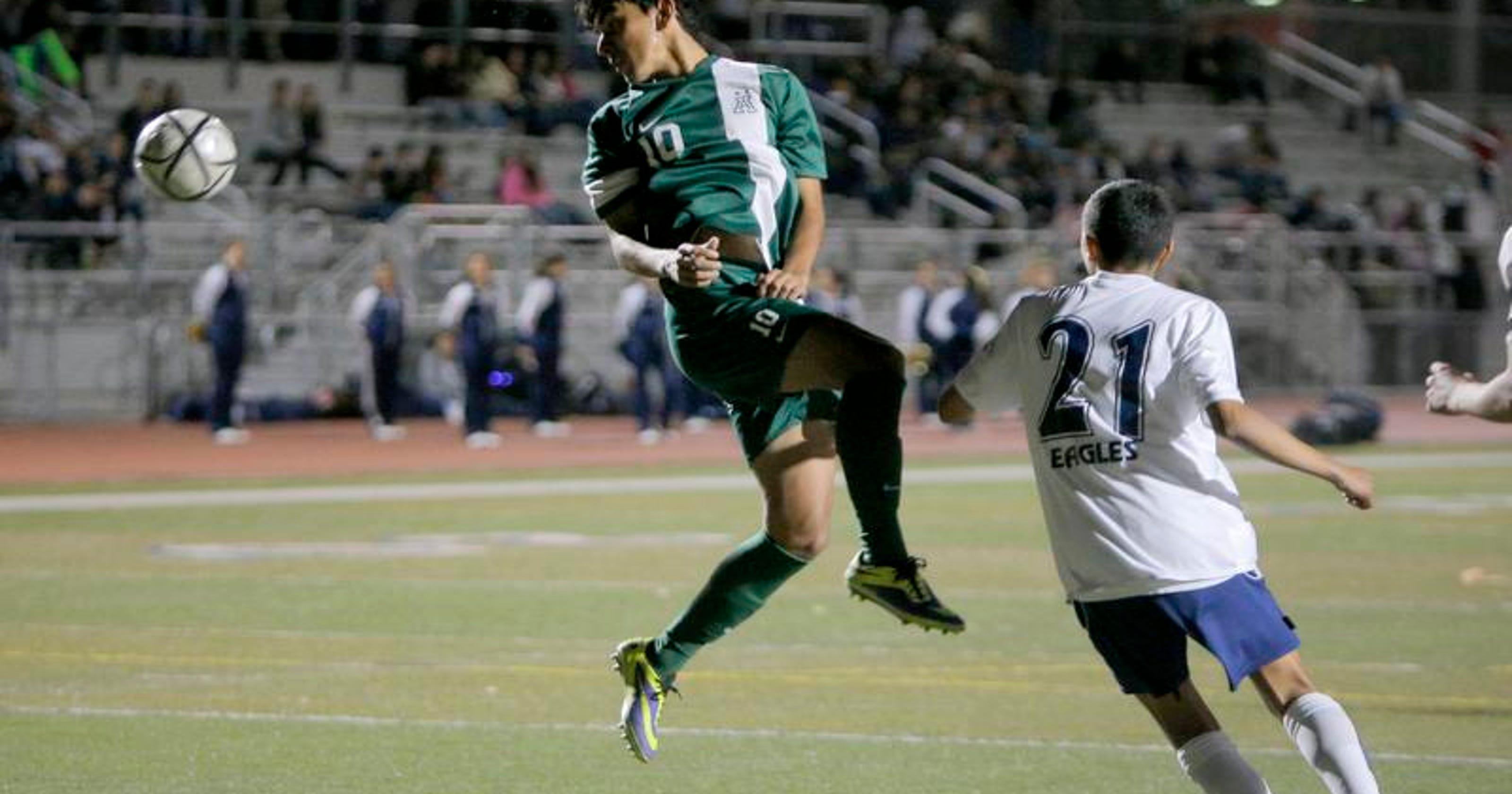alisal boys soccer earns top spot in division i