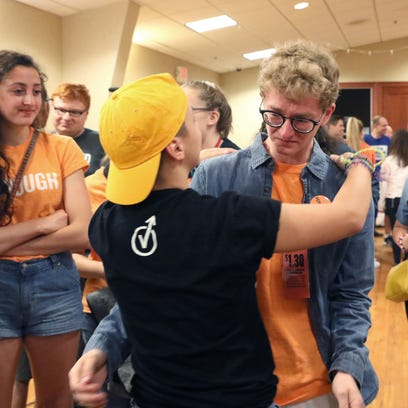 Parkland students rally in Wisconsin for gun laws as part of Road to Change tour