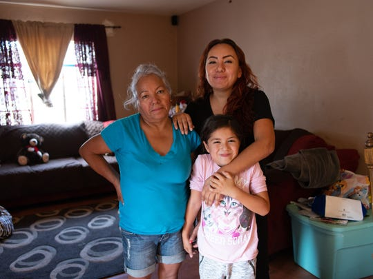 Nayeli Saenz with her mother, Ana Maria, and her 6-year-old daughter, Anabell.