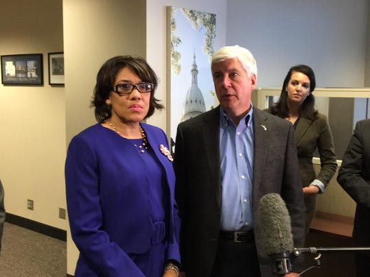 flint mayor snyder 3