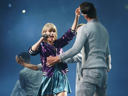 """Taylor Swift performs during her """"1989"""" world tour"""