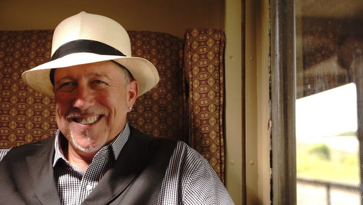 Stacy Mitchhart and his band will perform at 6 p.m.