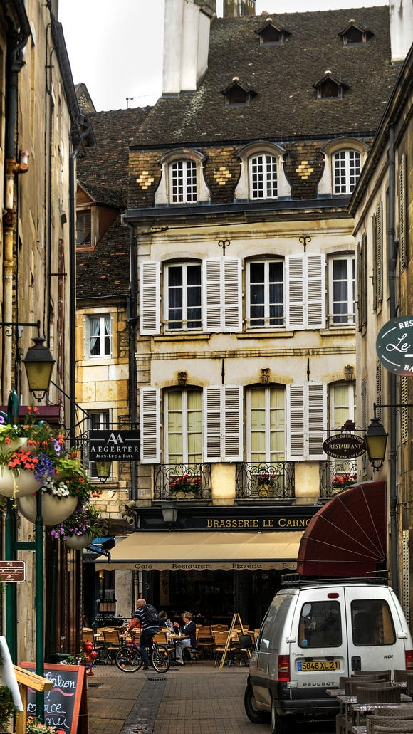 You can find many wonderful restaurants in the old center of Beaune.