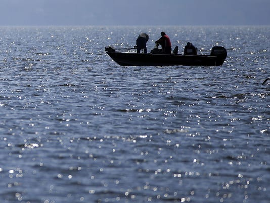 636625771674787515-Fishing-Lake-Winnebago.jpg
