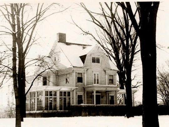 This 1950 listing photo of the Cooley-Haze house at