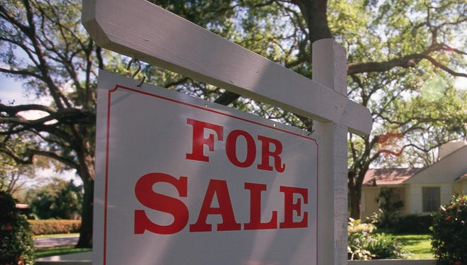 People can get help from professionals Saturday at a free home buying seminar.