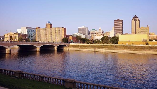 City of Des Moines skyline.