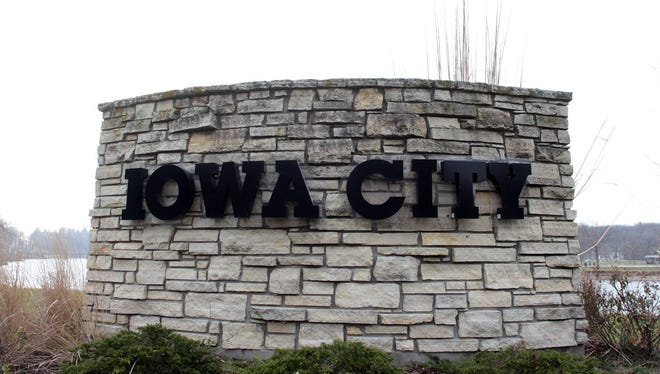 The Iowa City Council advanced Houses into Homes request for public funding to support the creation of their new executive director position.