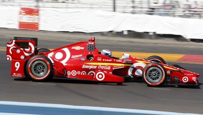 Scott Dixon steers his Target Chip Ganassi car through Turn 1 during Sunday's IndyCar Grand Prix at The Glen.