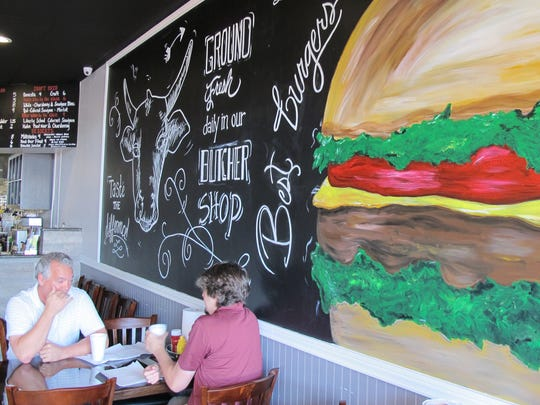 Jimmy's P's Burgers & More recently opened in Pipers Crossing retail center, where Airport-Pulling meets Immokalee Road in North Naples.