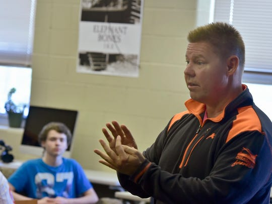 State Sen. Rich Alloway talks to students in Joshua