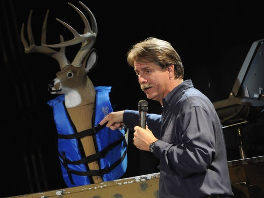 Jeff Foxworthy perform at Singer/Songwriter Michael