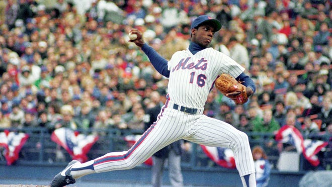 New York Mets pitcher Dwight Gooden will be on hand with Lenny Dykstra at the sports and memorabilia expo at the Mid-Hudson Civic Center on Saturday.