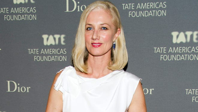 Joely Richardson is coming back to a New York stage for a one-woman show. The English actress known for the shows ?'The Tudors?' and ?'Nip/Tuck'? will play poet Emily Dickinson in William Luce?s one-woman play ?The Belle of Amherst.?