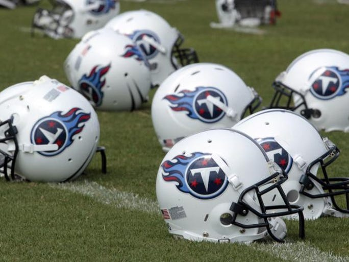 By Jim Wyatt | The Tennessean | Titans Insider | The Titans are scheduled to make six picks in the May 8-10 NFL Draft. They are currently without a third-rounder because they traded it last year to move up in the order to pick wide receiver Justin Hunter. It's never too early to start projecting the draft, however, so here is my Titans Mock Draft Version 1: