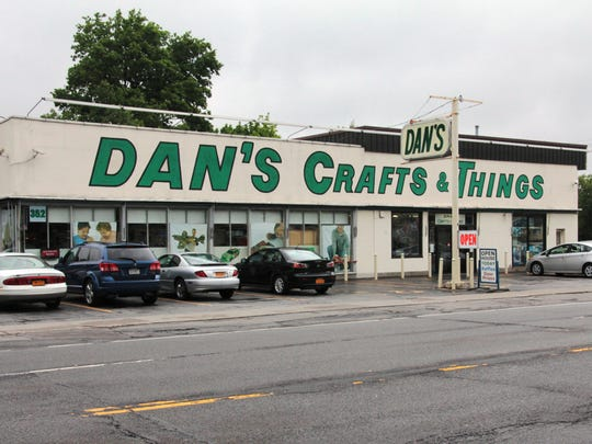 Dan's Crafts & Things storefront.