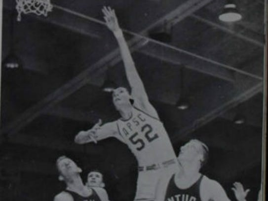 Austin Peay hosted the first round of the 1961 D-II