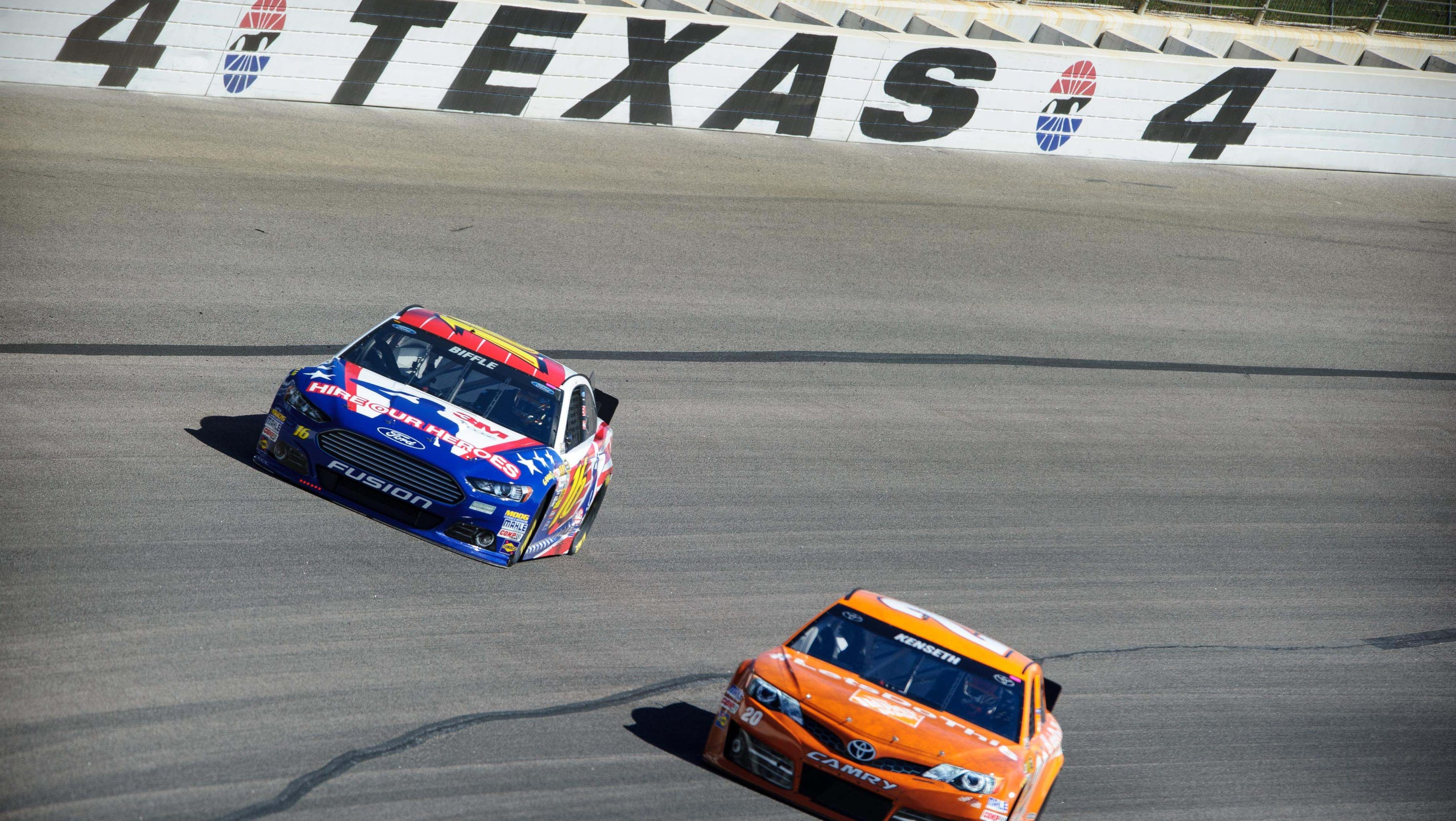 Nascar at texas start time lineup tv schedule more for Starting lineup texas motor speedway