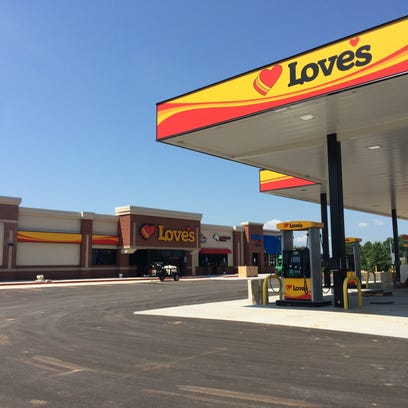 Crews are hoping to open the new White House Love's near Interstate 65 in August.