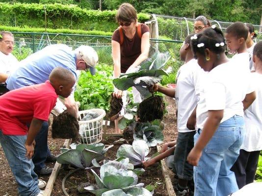 636058289605730388-Master-Gardeners.jpg