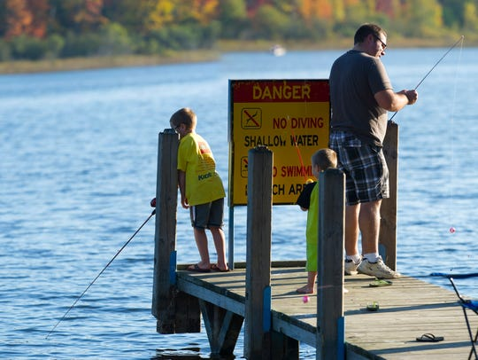 Michiganders fishing.