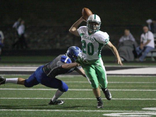 Margaretta's Nick Leibacher throws a complete pass
